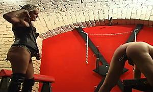 Guy gets abused by the dungeon mistress